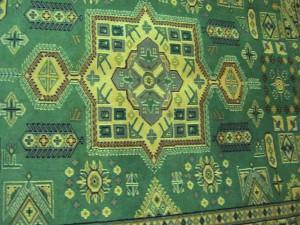 パキスタン絨毯 薄いグリーン  184×125
